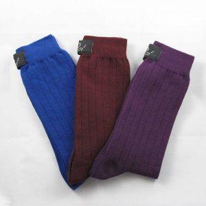 Calze-uomo-corte-Noi2-antispaiamento-uomo-viola-B-blu